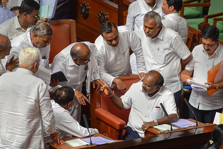 Supreme Court to pass order on rebel Karnataka MLAs petition on Wednesday