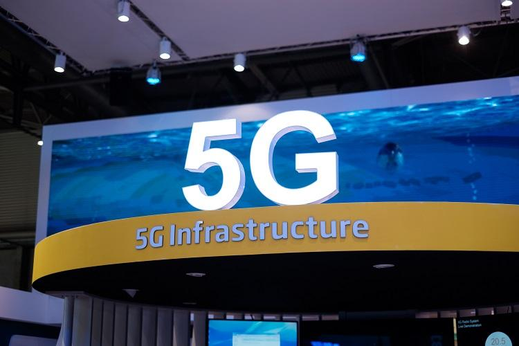 India well poised to start commercial 5G roll out in 2020 Samsung