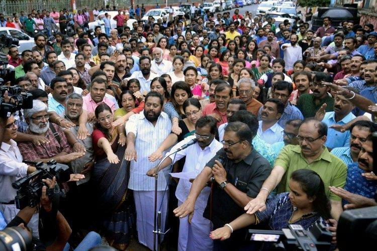 Malayalam actors abduction Protest meeting held in Tpuram to express solidarity