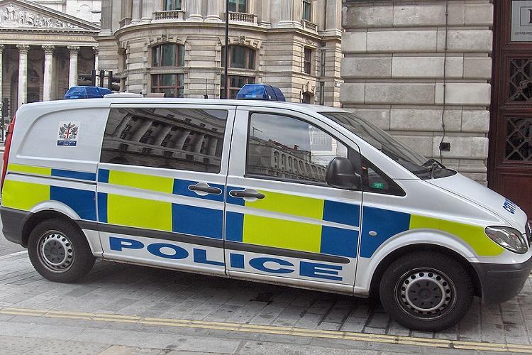 London police shoot woman foil active terror plot