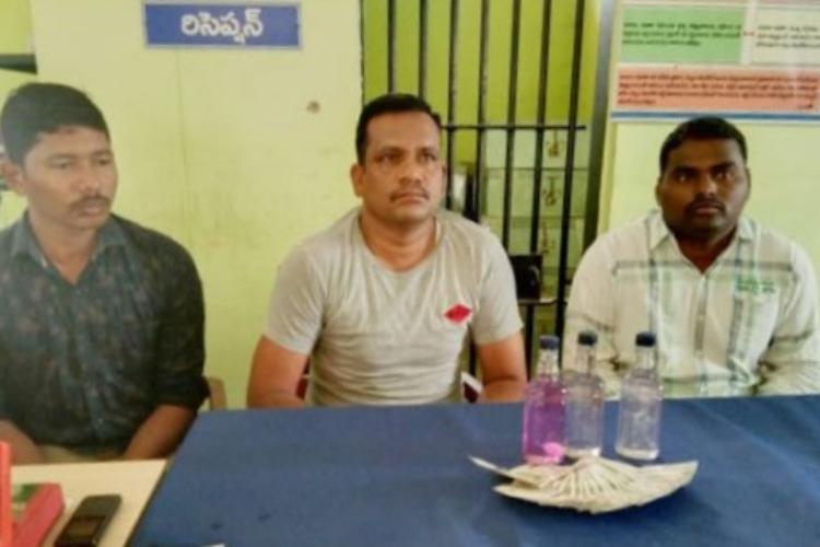 Telangana 3 policemen arrested by ACB for demanding bribe of Rs 10000