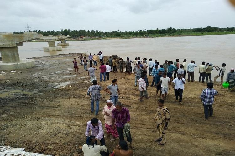 Rescue ops on as boat capsizes in East Godavari River again 40 passengers on board