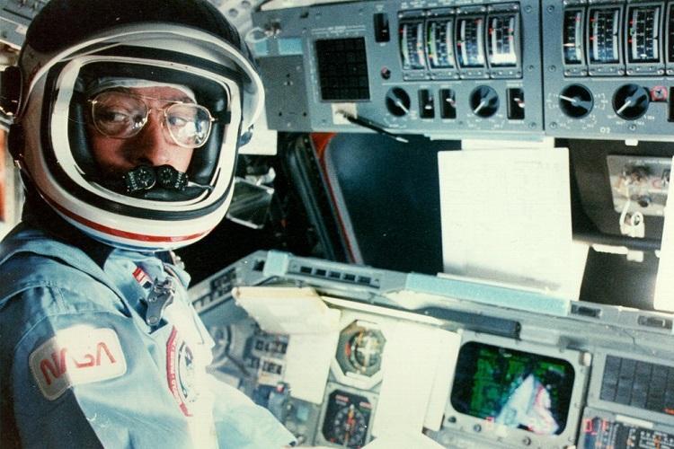 NASAs most experienced astronaut John Young passes away