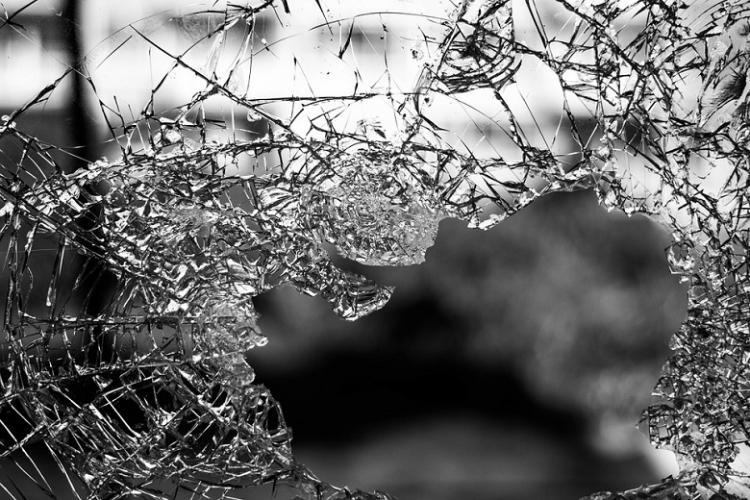 Five Chennai youths killed as car rams into private bus on ECR