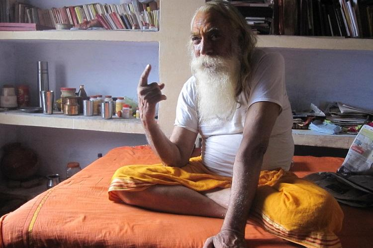There is no enmity between Hindus and Muslims in Ayodhya Chief Priest of Ayodhyas Ram Mandir