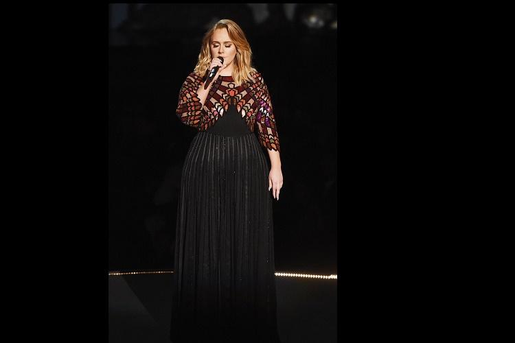 Adele sweeps top awards at Grammys 2017