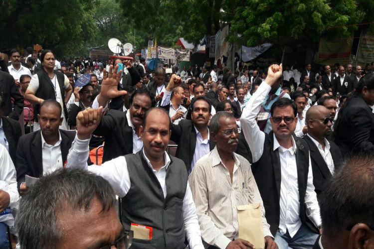Hyd High Court bifurcation Telangana lawyers organise sit-in protest at Delhi