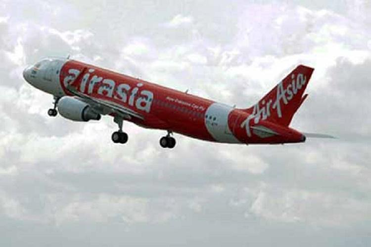 10 mins after takeoff Goa-Bluru AirAsia flight makes emergency landing