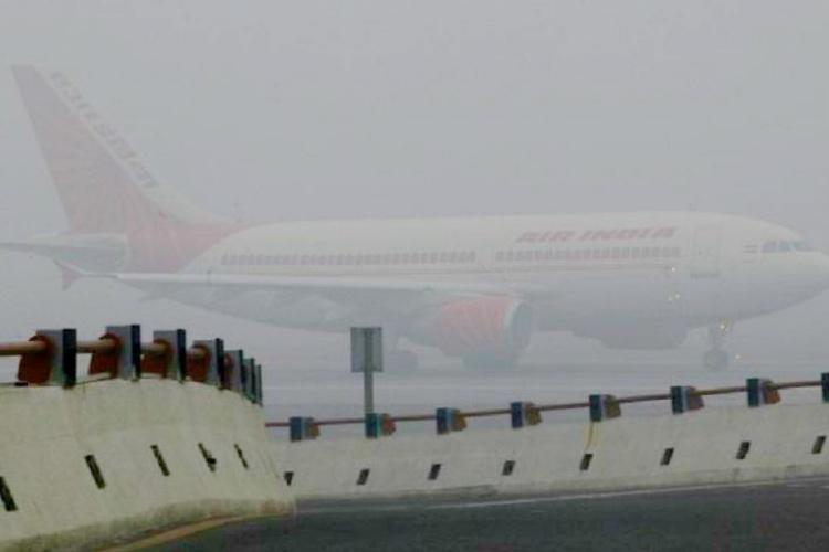 Bad weather disrupts flights in Delhi