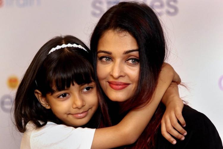 Aishwarya and daughter Aaradhya smiling