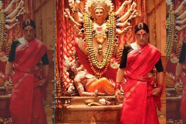 Akshay kumar in red saree in Laxmii