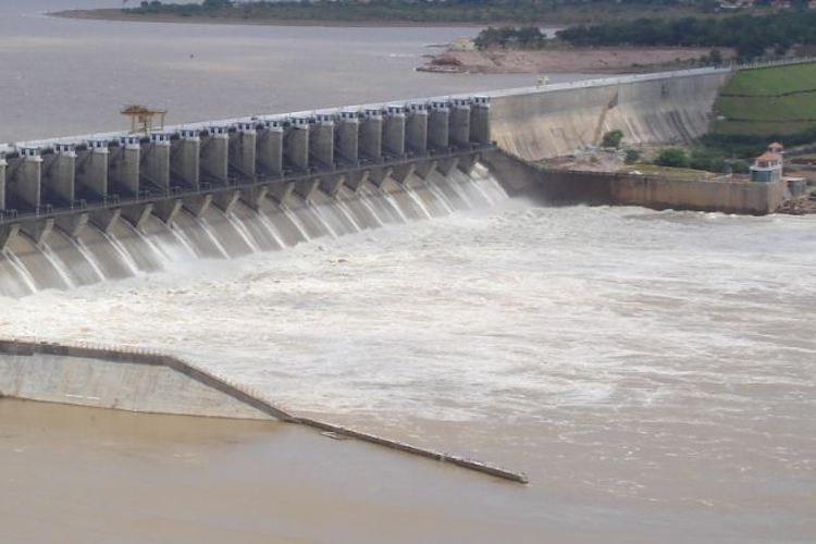 Hey Karnataka your worst nightmare is here One dam hits dead storage others dangerously low