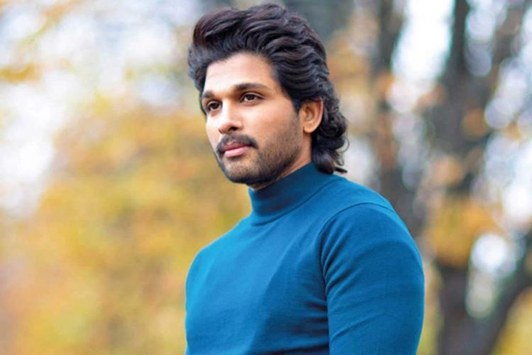 Allu Arjun is seen wearing a blue turtle neck tee in the image