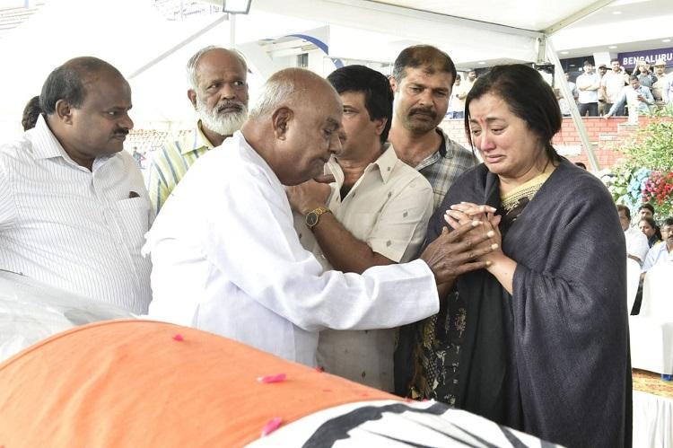 Following request from fans Ambareeshs body to be flown to Mandya for last respects