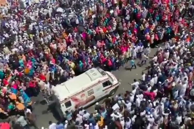 Anti-CAA protesters make way for ambulance during massive rally in Chennai