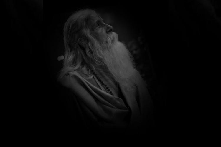 Big B tests his looks for Chirus Sye Raa Narasimha Reddy photo goes viral