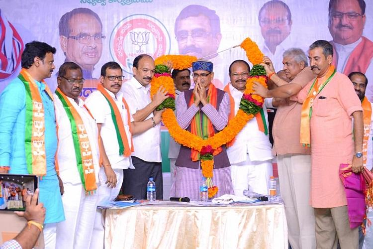 Chandrababu Naidu will go to jail for corruption BJP leaders hold meet in Andhra