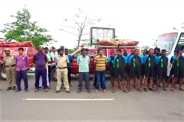 Andhra CM Naidu speaks to Pinarayi rushes rescue teams with relief material to Kerala