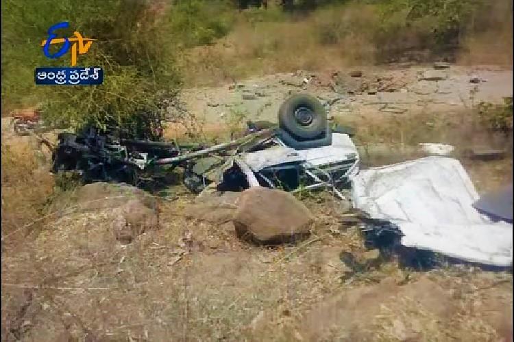 Maoists trigger landmine near Andhra-Odisha border blast kills Home Guard