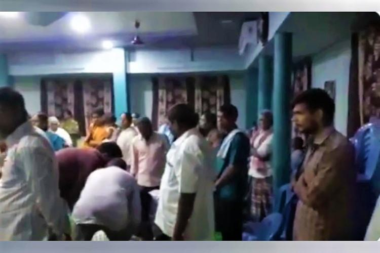 Andhra police arrest pastor for holding prayer meet with over 100 amid lockdown