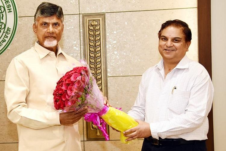 EC transfers Andhra Chief Secretary after row over intelligence chief