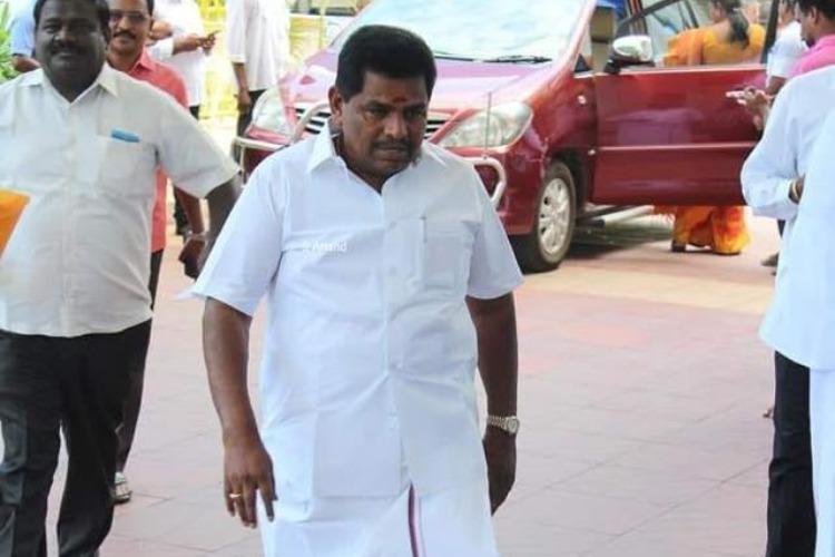 Viral video of DMK MLA distributing cash in Kanimozhis presence Bribery case filed