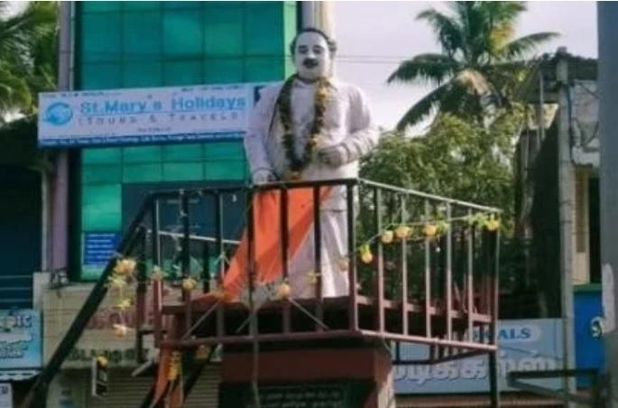 Statue of Annadurai with saffron cloth in Kanyakumari
