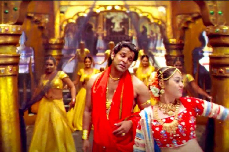 Anniyan song Aiyangaru Veetu Azhage starring Vikram and Sadha