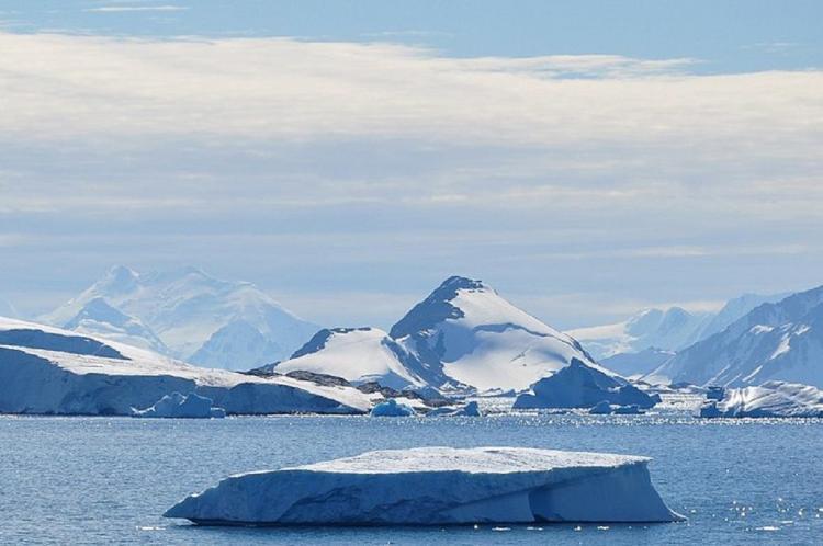 An ice slab in Antarctica