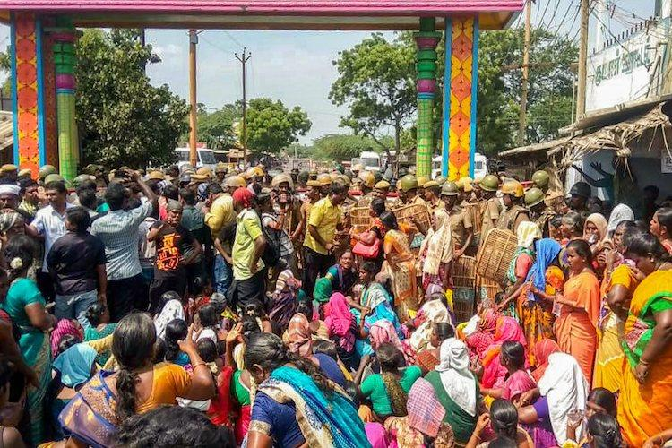 EPS govt must resign TN opposition demand answers over Sterlite protest