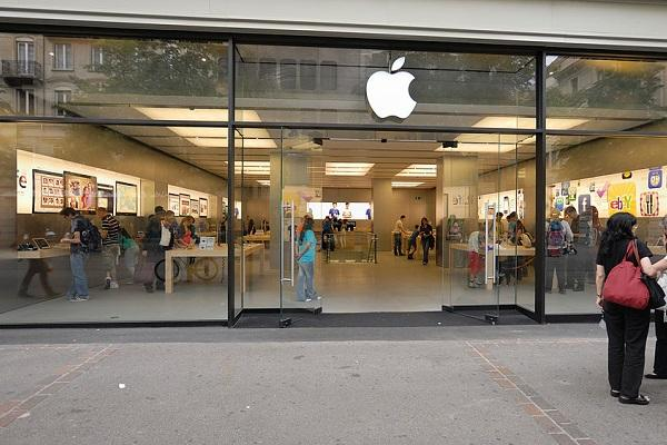 iPhone battery explodes at Apple store in Zurich one injured