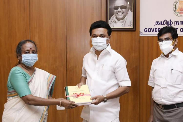 Retired judge Aruna jagadeesan submits report on thoothukudi firing to MK Stalin
