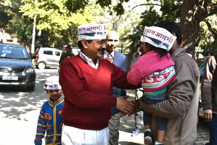 North Delhi mayor denied entry at Kejriwals house for dengue-prevention check
