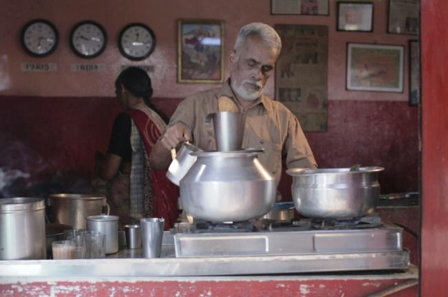 Invisible Wings A moving documentary on the tea-shop couple who traveled to 17 countries