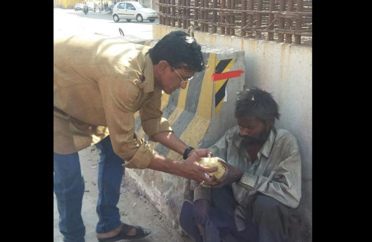 A Hyderabad man says no one should sleep hungry all you have to do is give two rotis