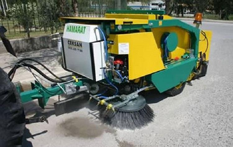 As road dust plagues Bengaluru authorities unveil mechanical sweepers to clean up major streets