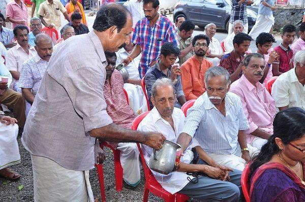 Replicating 2014 model BJP supporters start conversations over buttermilk in Kerala