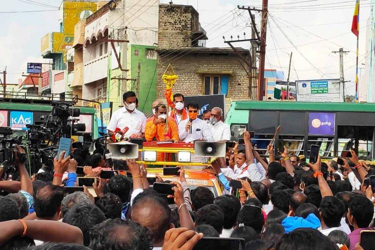 BJP leaders attempt to undertake Vel Yatra detained in Tiruttani