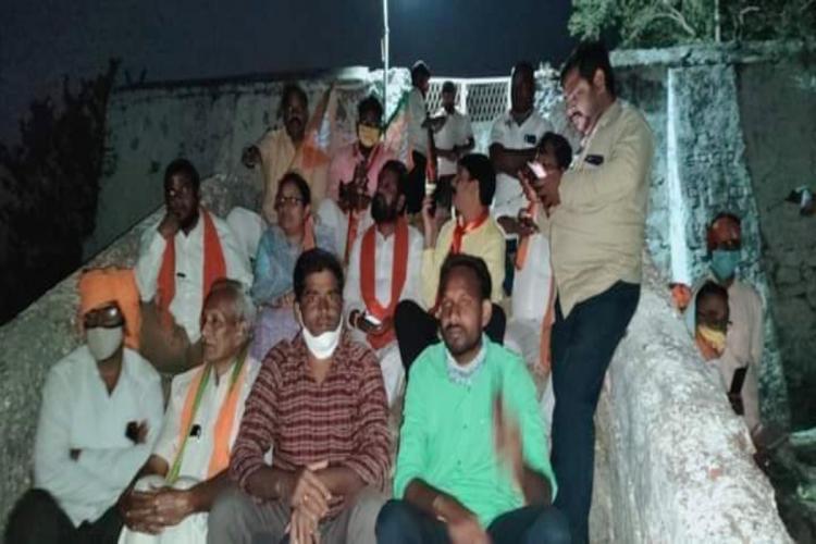 BJP activists staged dharna demanding arrest of culprits