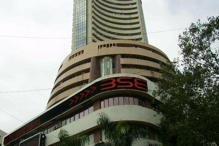 Sensex down by over 400 points amid slow GDP growth auto slump