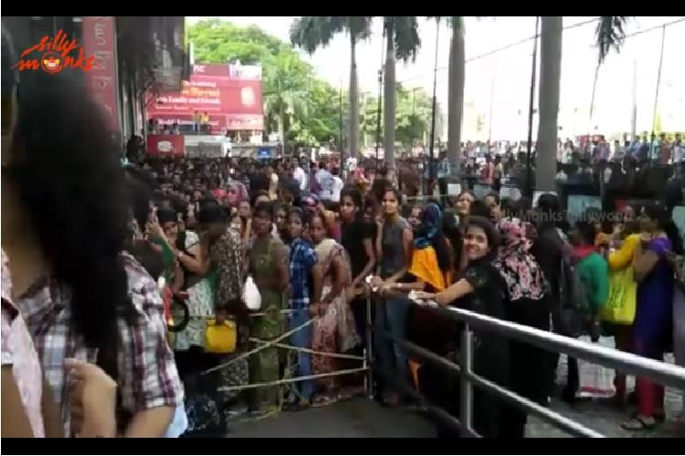 Baahubali 2 Movie looks forward to massive opening as fans line up for advance booking