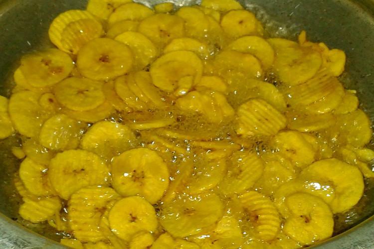 Paper-thin healthy version of Kerala banana chips to woo Western consumers