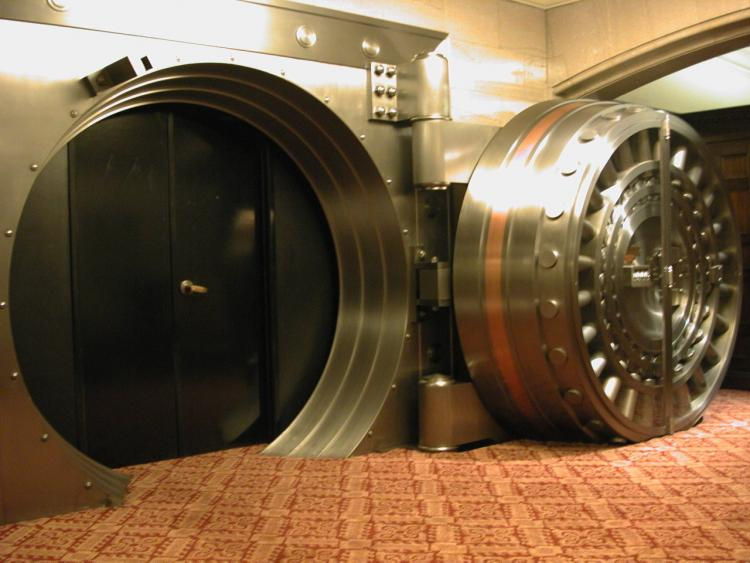 Empty bank vaults spreads distress in Anekal