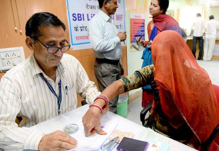 Demonetisation fallout Across the counter overworked bankers with no lunch breaks