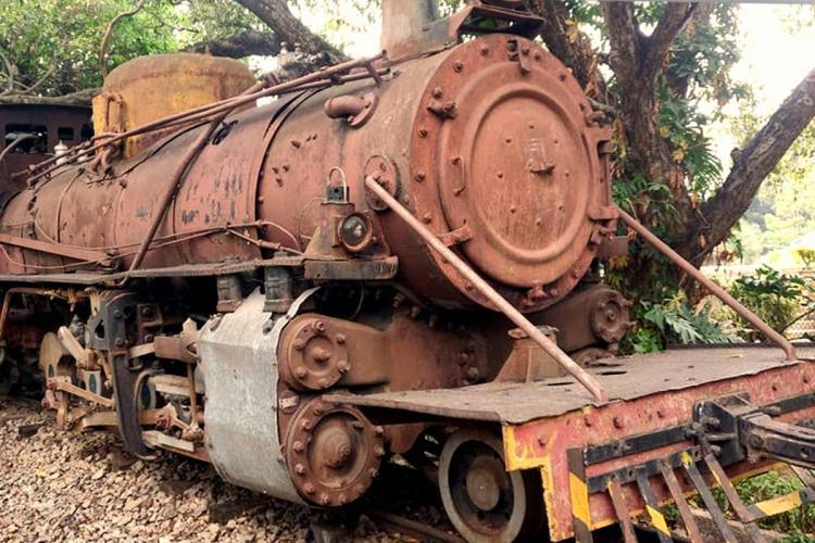 The old narrow-gauge locomotive in Indira Gandhi Musical Fountain Park Bengaluru