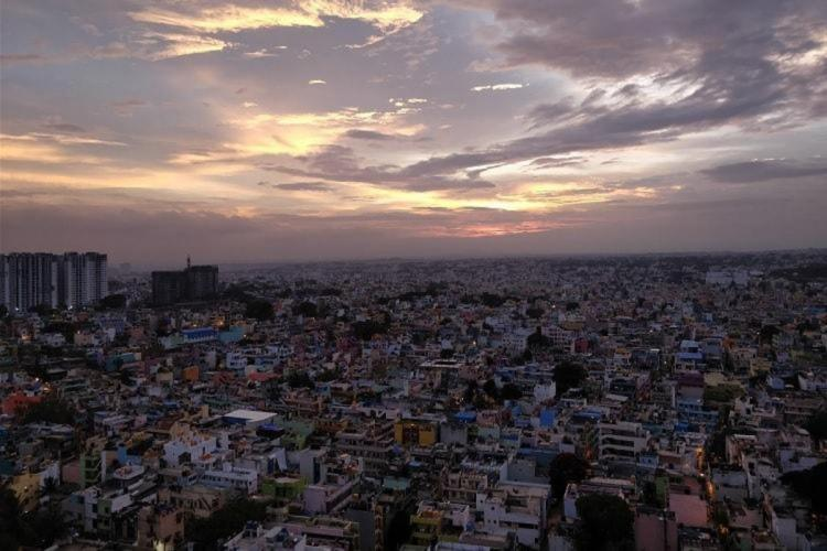 A skyview of buildings in Bengaluru city during sunset