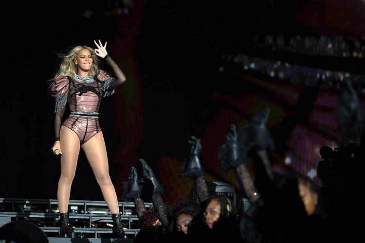 What do politicians think of Beyonce This Irish journalist decided to find out