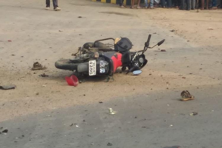 Telangana man killed as country-made bomb explodes when bike skids