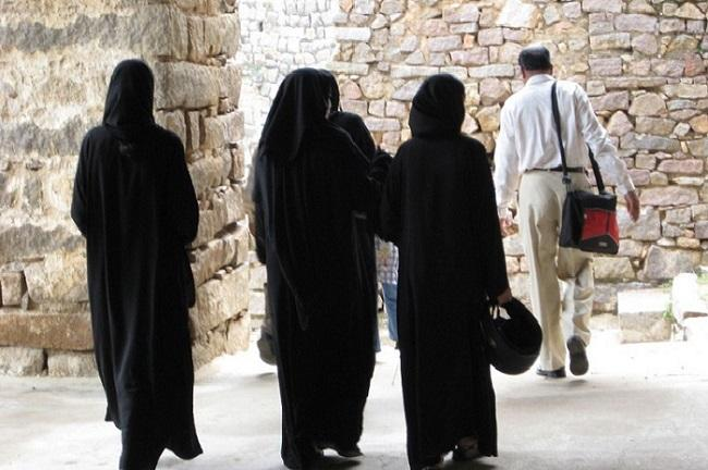 From within and without what Muslim women in Mangaluru think about the burqa