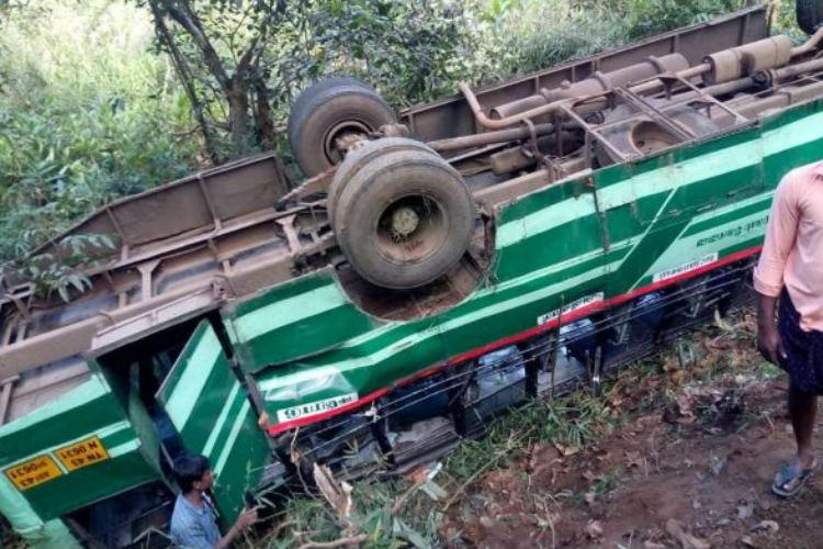 Govt bus overturns in Gudalur after collision with bike 36 injured
